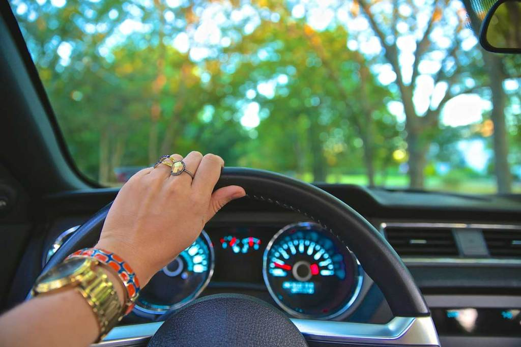 Wie lange wohl wird man noch selber einen Wagen steuern?